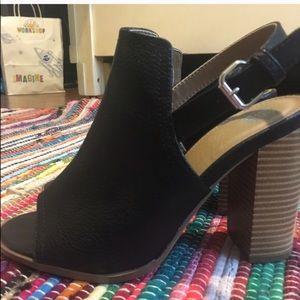 Peep toe leather ankle boot block heel black